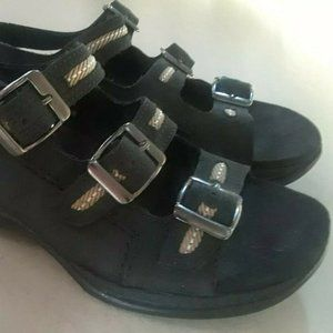 Clarks Springers Sandals Womens Size 6 Black